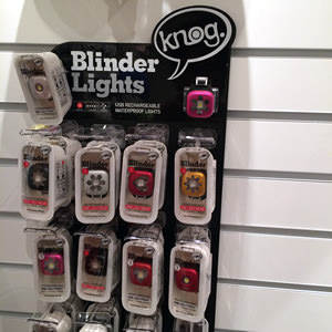ベビーカー用ライトの決定版か!knog社製品