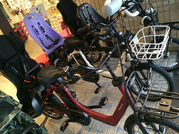 パナソニック電動アシスト自転車「GYUTTO ANNYS(ギュットアニーズ)」とのコラボレーションモデル「GYUTTO ANNYS for AirBuggy(ギュットアニーズフォーエアバギー)」